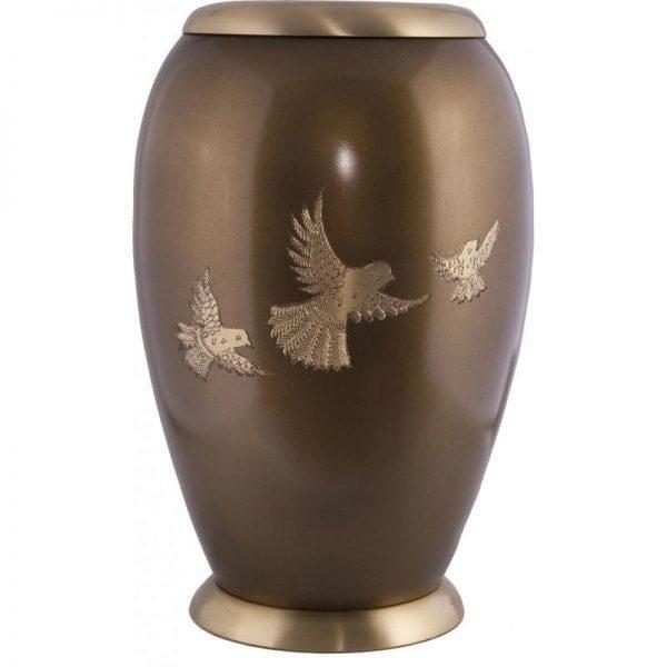 urne funéraire en laiton Retour à la maison avec socle disponible sur la boutique en ligne du Salon Funéraire Demers